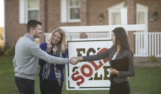 More Homebuyers Stretch Toward Excessive Debt