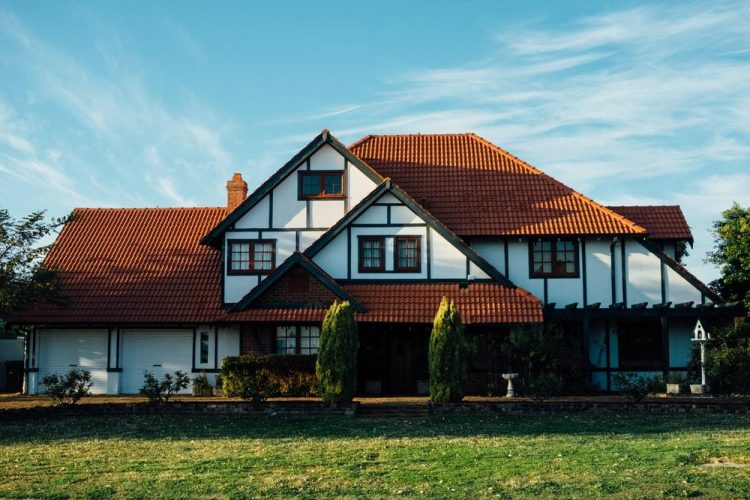 Buying Homes with Confidence – Benefits of Reputable Conveyancers
